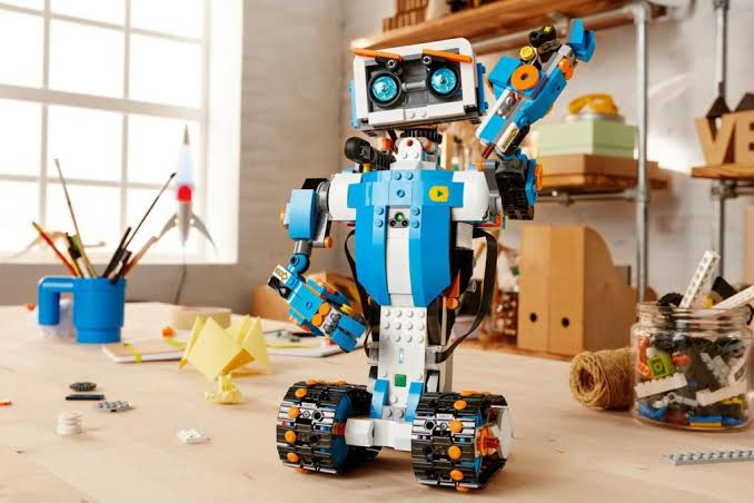 The Future of Educational Robotics