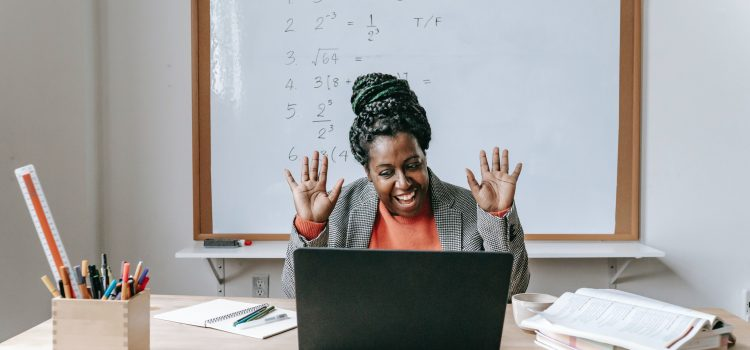 7 Tips for Keeping Students Engaged during an Online Class