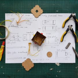 DIY Teaching Resources for Teachers to Promote Innovative Teaching